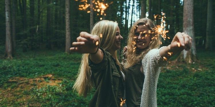 Tips Menjaga Persahabatan agar Awet