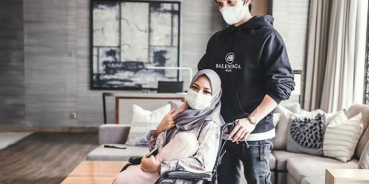 Atta Halilintar dan Aurel Hermansyah. (Instagram.com/@attahalilintar)