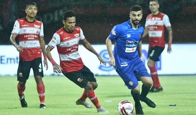 Madura United vs PSS Sleman/Kumparan.com